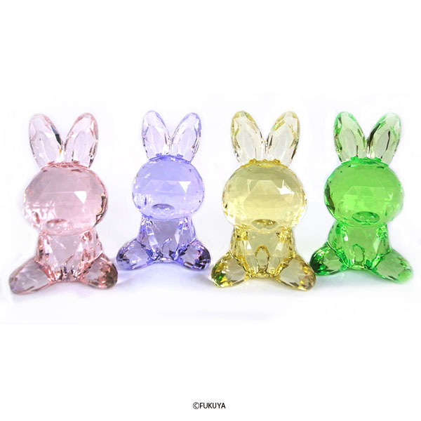 ACRYLIC DIAMOND CUT RABBIT BIG
